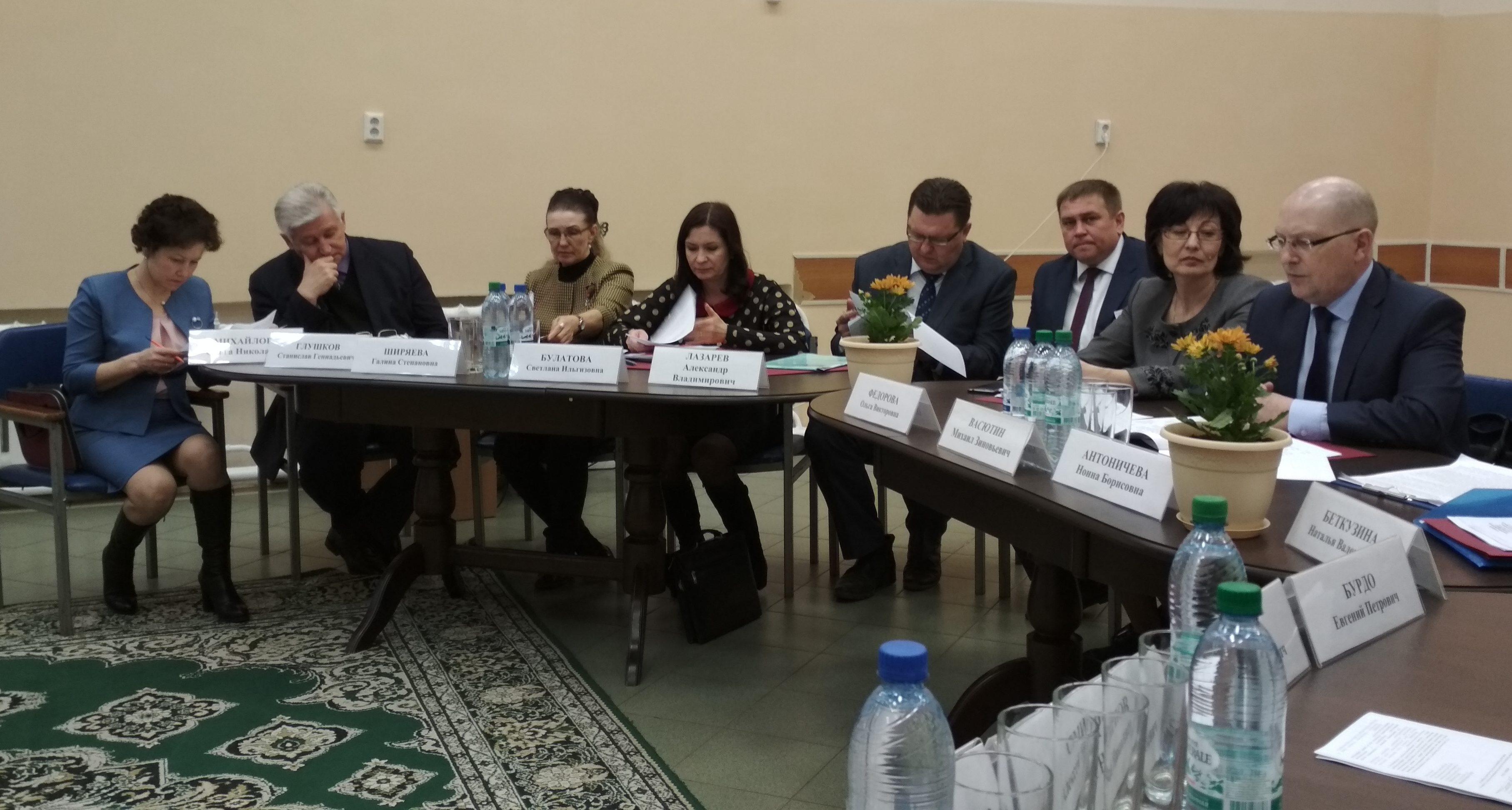 Участие в заседании Комиссии по делам несовершеннолетних и защите их прав при Правительстве Республики Марий Эл